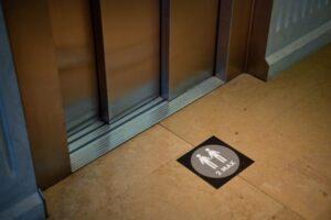 primaria-sfantu-gheorghe,-dispusa-sa-cofinanteze-instalarea-lifturilor-in-cateva-scari-de-bloc