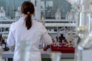 webinar-pentru-studentii-farmacisti