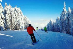 sezonul-de-schi-incepe-de-sambata-pe-mai-multe-partii-din-harghita-judet