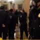 video-stare-de-asediu-la-washington,-sustinatori-ai-lui-trump-au-patruns-in-congres,-pentru-a-bloca-validarea-victoriei-lui-biden