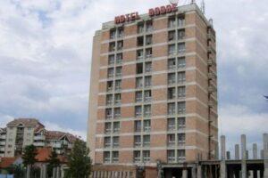 demolarea-hotelului-bodoc-ar-putea-incepe-in-acest-an