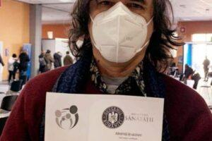 scriitorul-mircea-cartarescu-ne-indeamna-sa-ne-vaccinam!