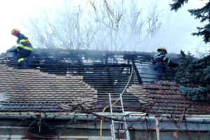 foto:-incendiu-in-localitatea-mureseana-albesti!-o-femeie-de-55-de-ani-a-fost-gasita-carbonizata