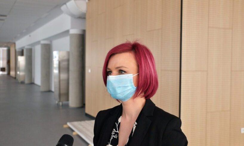 14.000-de-doze-de-vaccin-impotriva-covid-19-au-fost-distribuite-centrelor-de-vaccinare-din-judetul-brasov