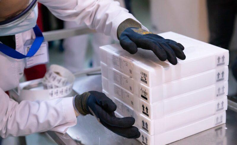 alte-95.940-doze-de-vaccin-de-la-pfizer-biontech-au-sosit-in-romania