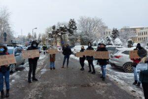 alianta-organizatiilor-studentesti-organizeaza-actiuni-de-protest-din-cauza-limitarii-dreptului-la-transportul-feroviar-gratuit