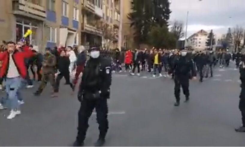 amenzi-de-peste-21.000-de-lei-aplicate-de-jandarmi-protestatarilor-din-municipiul-medias