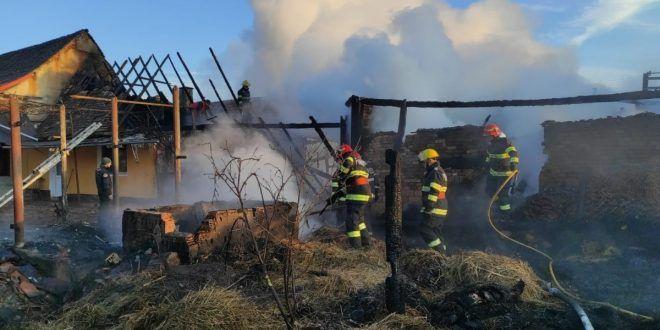 zeci-de-interventii-in-24-de-ore-pentru-pompierii-mureseni