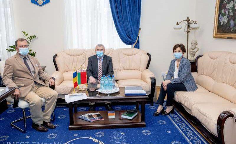 ambasadorul-republicii-belarus,-interesat-de-stabilirea-de-noi-acorduri-de-colaborare-in-domeniul-educatiei-si-cercetarii-stiintifice