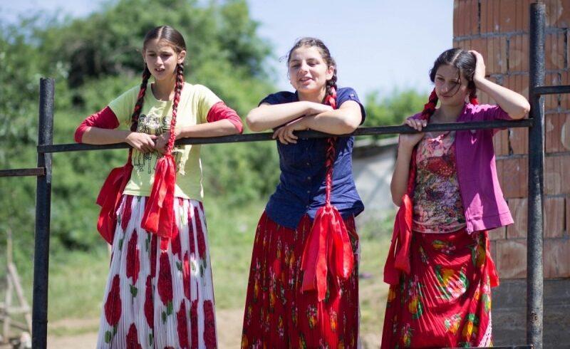 in-afara-unor-lideri,-comunitatea-romilor-este-invizibila-in-romania