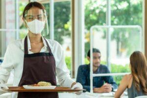 restaurantele-care-au-tot-personalul-vaccinat-ar-putea-ramane-deschise!