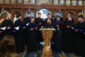 """video:-regal-duhovnicesc-cu-grupul-""""tronos"""",-la-biserica-de-piatra-din-targu-mures"""