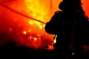 incendiu-la-fabrica-de-mobila-din-reghin!-update!