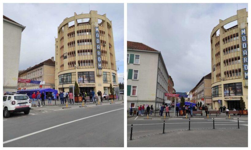 centru-de-vaccinare-pentru-lucratorii-horeca,-in-cadrul-maratonului-vaccinarii-de-la-brasov
