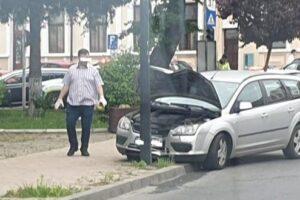 """accident-langa-colegiul-""""papiu"""""""