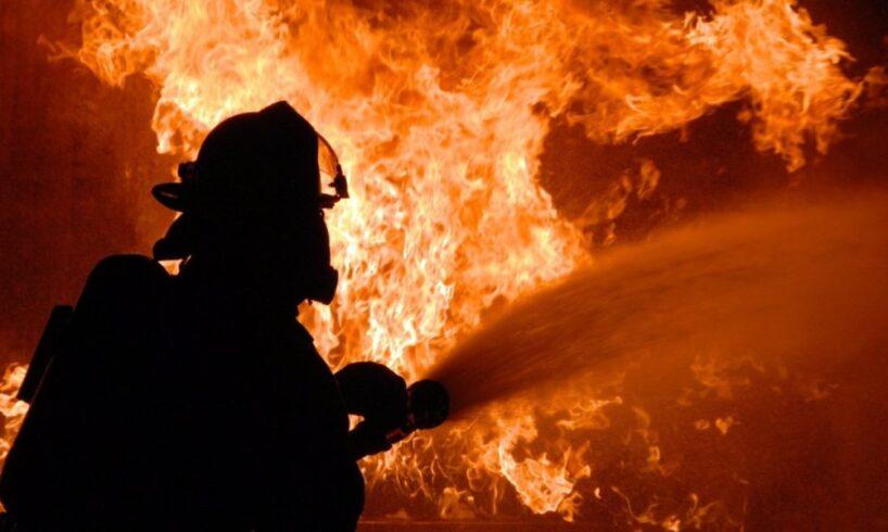 o-persoana-a-decedat-si-trei-au-fost-ranite-in-urma-unui-incendiu-,-in-fagaras