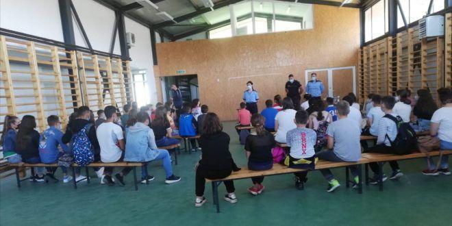activitati-pentru-siguranta-scolara,-la-grebenisu-de-campie
