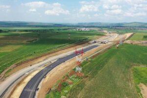 compania-nationala-de-drumuri-a-desemnat-castigatorul-pentru-proiectarea-si-executia-drumului-de-legatura-intre-oradea-si-a3