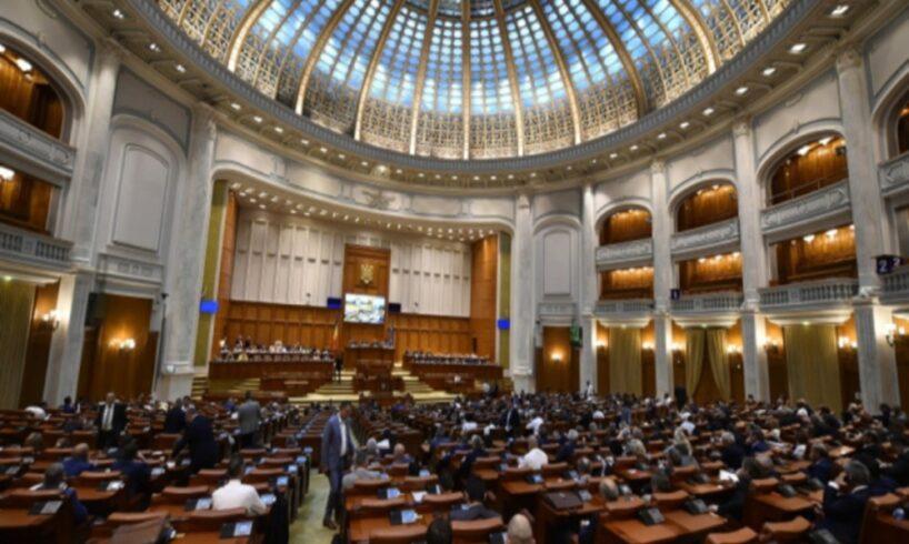 senatorii,-chemati-de-urgenta-din-vacanta,-pentru-o-sesiune-extraordinara