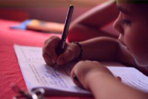 abandonul-scolar-este-in-crestere