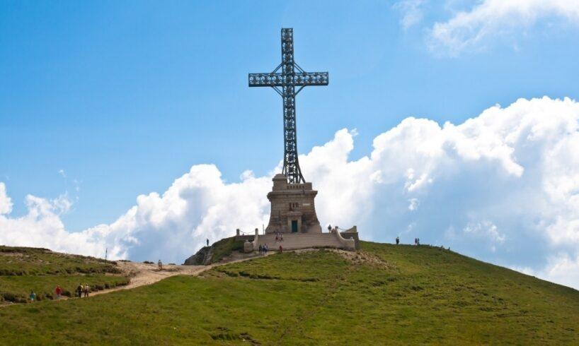 """ceremonie-la-""""crucea-comemorativa-a-eroilor-romani-din-primul-razboi-mondial"""""""