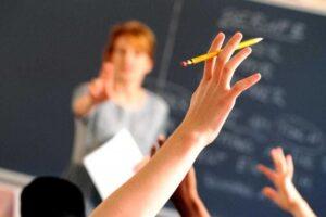 concurs-pentru-ocuparea-a-zece-mii-de-posturi-de-conducere-in-scoli