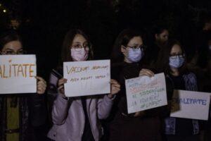 protest-la-festivitatea-de-deschidere-a-anului-universitar-la-umfst-tg.mures