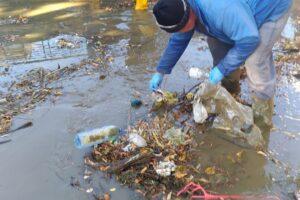 sambata,-18-septembrie-2021,-voluntari-de-toate-varstele-si-au-curatat-zonele-cu-deseuri-din-judetul-mures