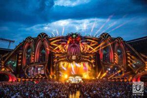festivalul-untold-isi-arata-meritele-nu-doar-pe-plan-muzical-si-recreativ-ci-si-financiar
