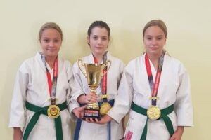 karatistii-de-la-dragon-do-tg.mures,-campioni-si-vicecampioni-mondiali