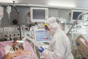 mures:-niciun-pat-de-ati-liber-pentru-pacienti-covid-19!