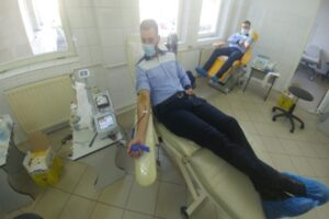 zeci-de-politisti-din-mures-au-donat-sange
