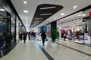 accesul-in-centrele-comerciale-din-romania,-inclusiv-in-mall-uri,-se-face-pe-baza-certificatului-verde