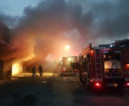 imagini-si-detalii-oficiale-privind-dezastrul-cauzat-de-incendiul-violent,-la-centrul-comercial-transilvania-din-targu-mures!